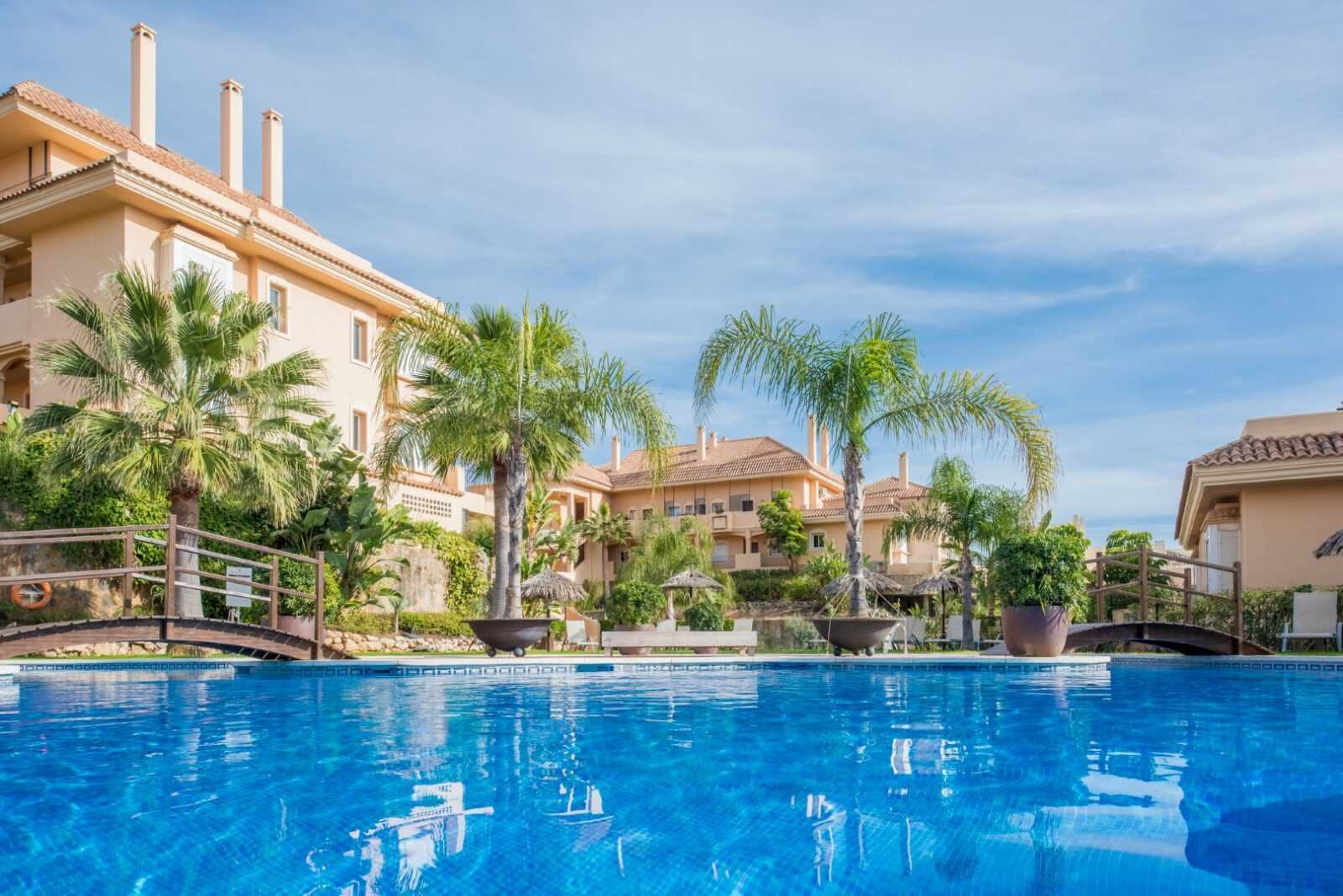 Web ec SEP Aloha Hill Club Apartment MiMove 20 Large 1 Virtualport3d luxury Properties in Marbella and Costa del Sol