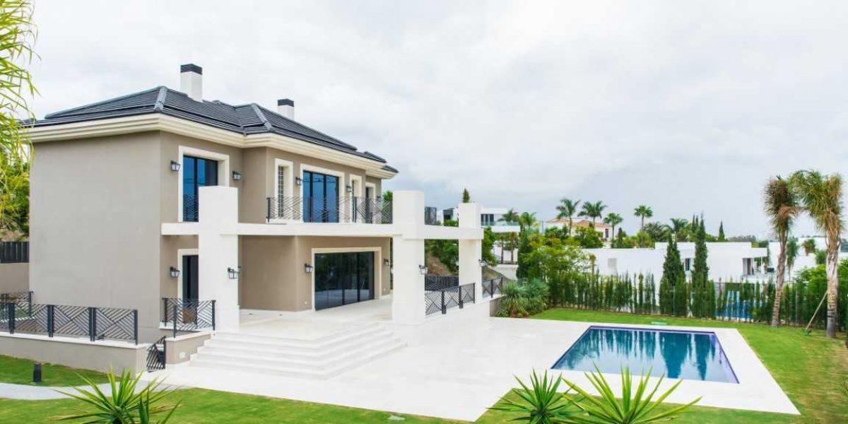 Modern villa in los flamingos 30