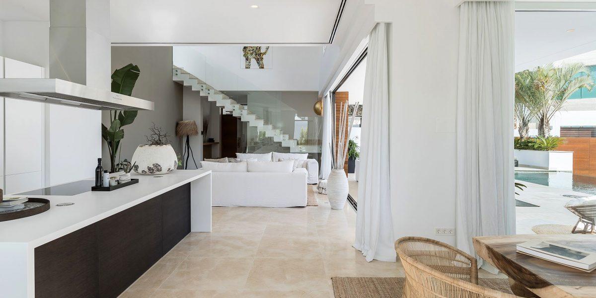Hernn-Corts-villa-119-main-salon-view-2-HR-Sept-2019
